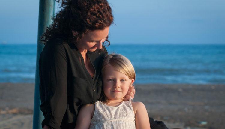 family-portrait-beach-malaga
